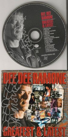 Dee Dee Ramone - Signed Cover (25.03.2001) © Alex Melomane