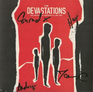 Signed Devastations Single © Alex Melomane
